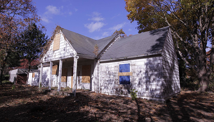 bauer_house_before_700x400